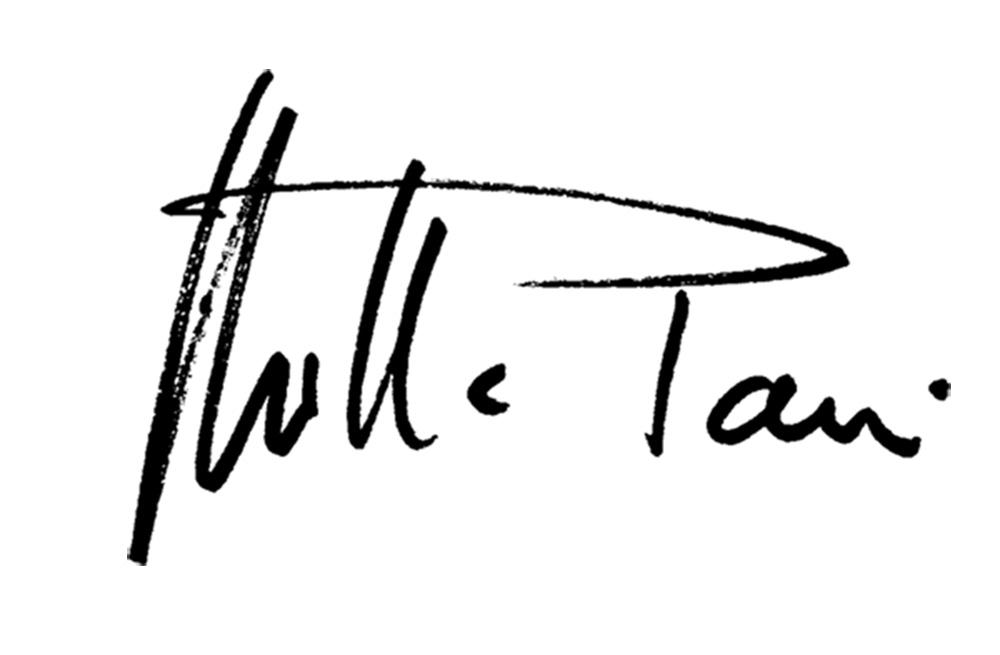 Mirella Pavesi Signature