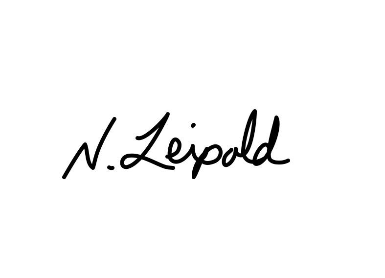 Nichole Leipold Signature