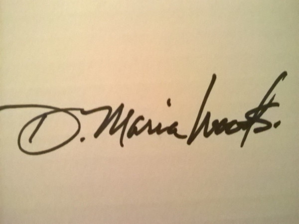 DMaria Woods Signature