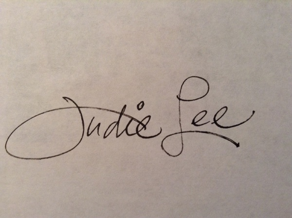 JUDIE LEE Signature