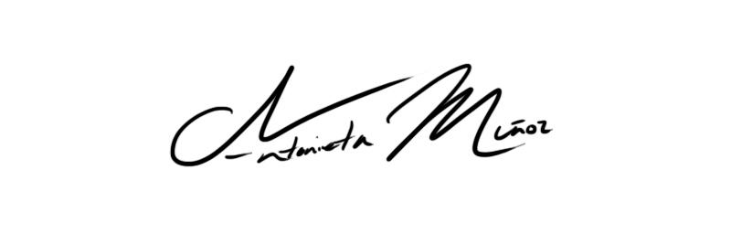 Antonieta Muñoz Signature