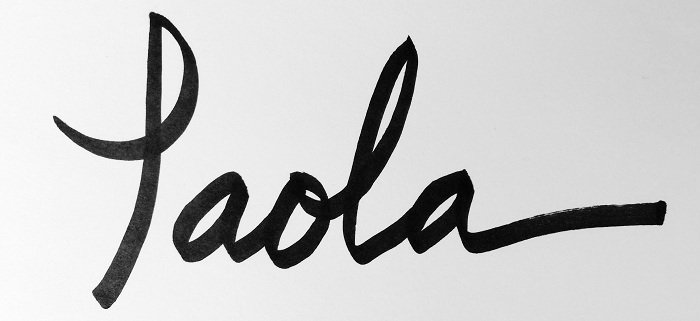 Paola Gracey Signature