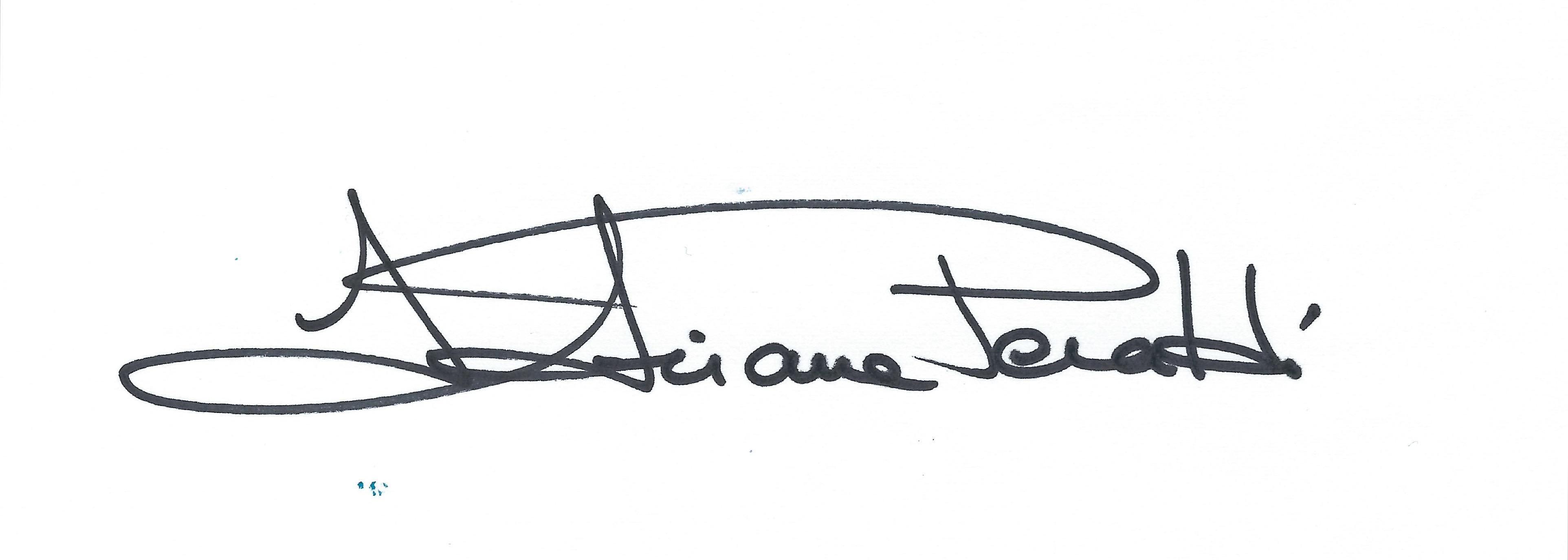 ADRIANA PERALDI Signature