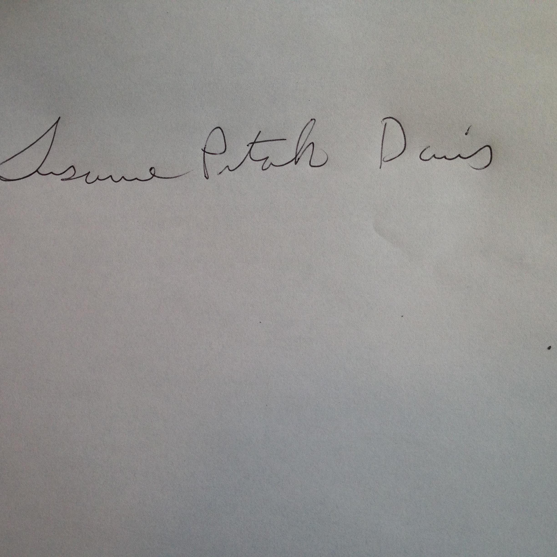 Susanne Pitak Davis Signature