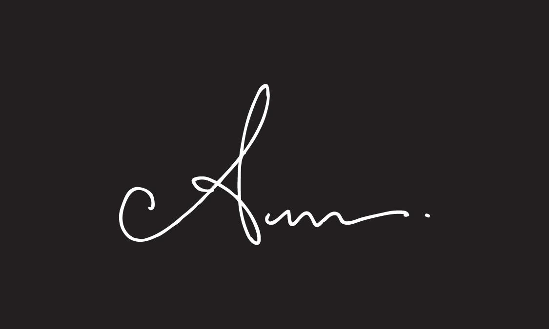 Anum Tariq Signature