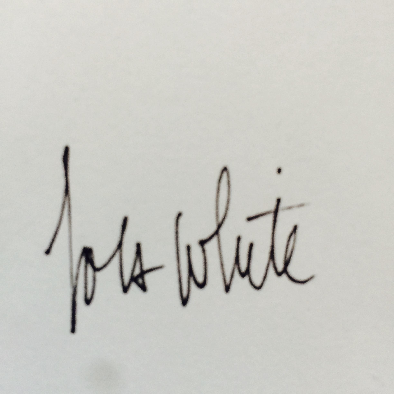 Lola White Signature