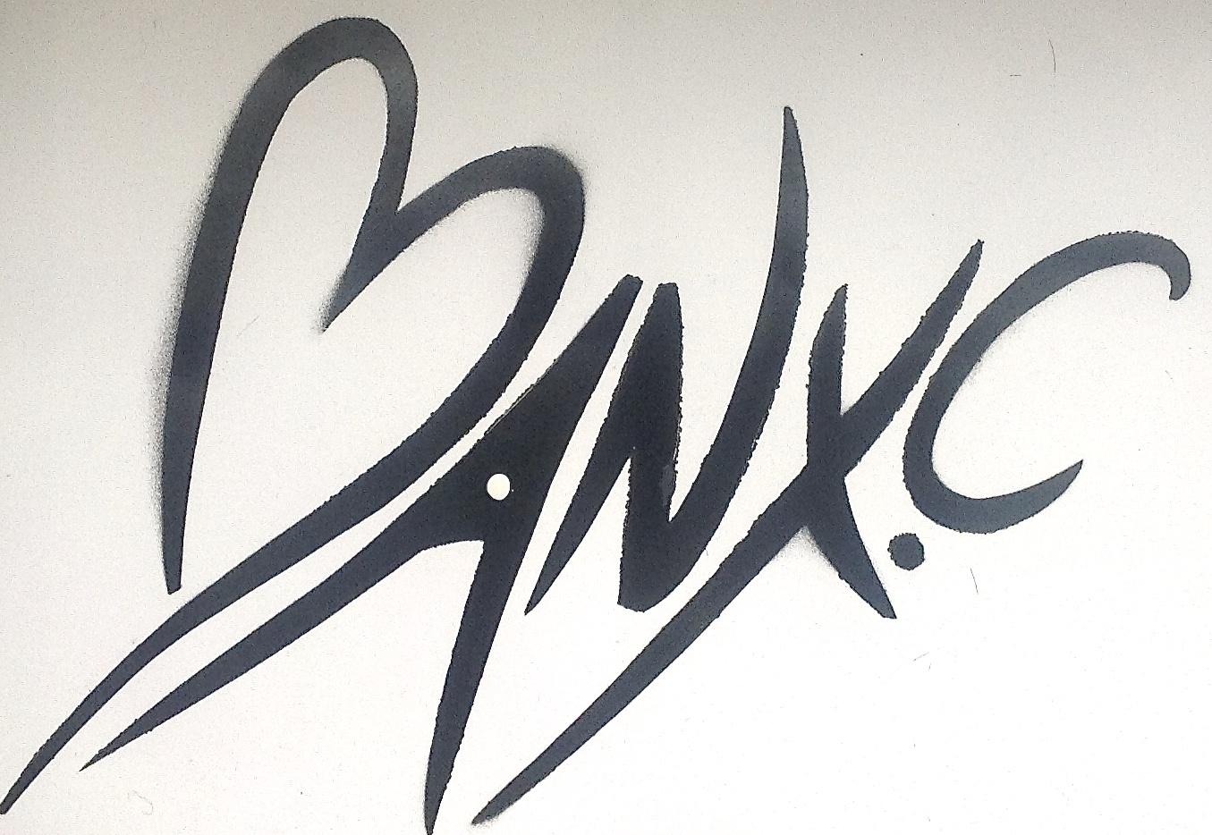 Claire Banks Signature
