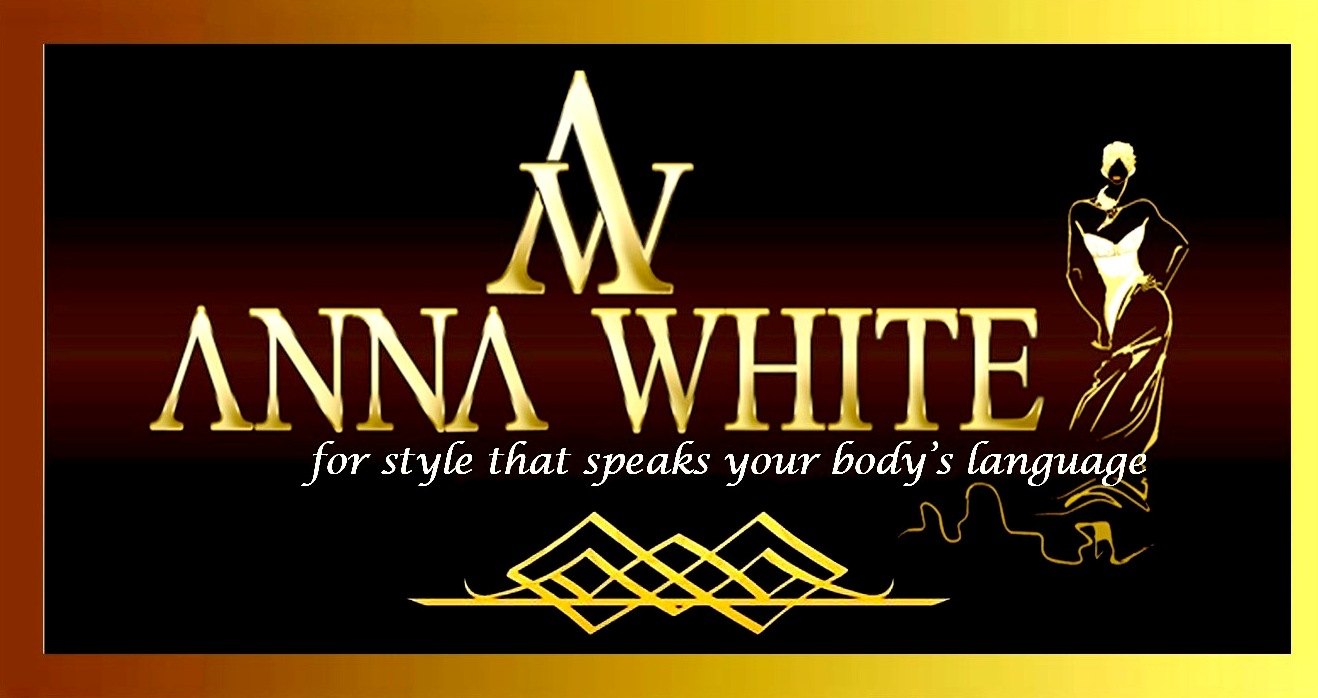 Anna WHITE Signature