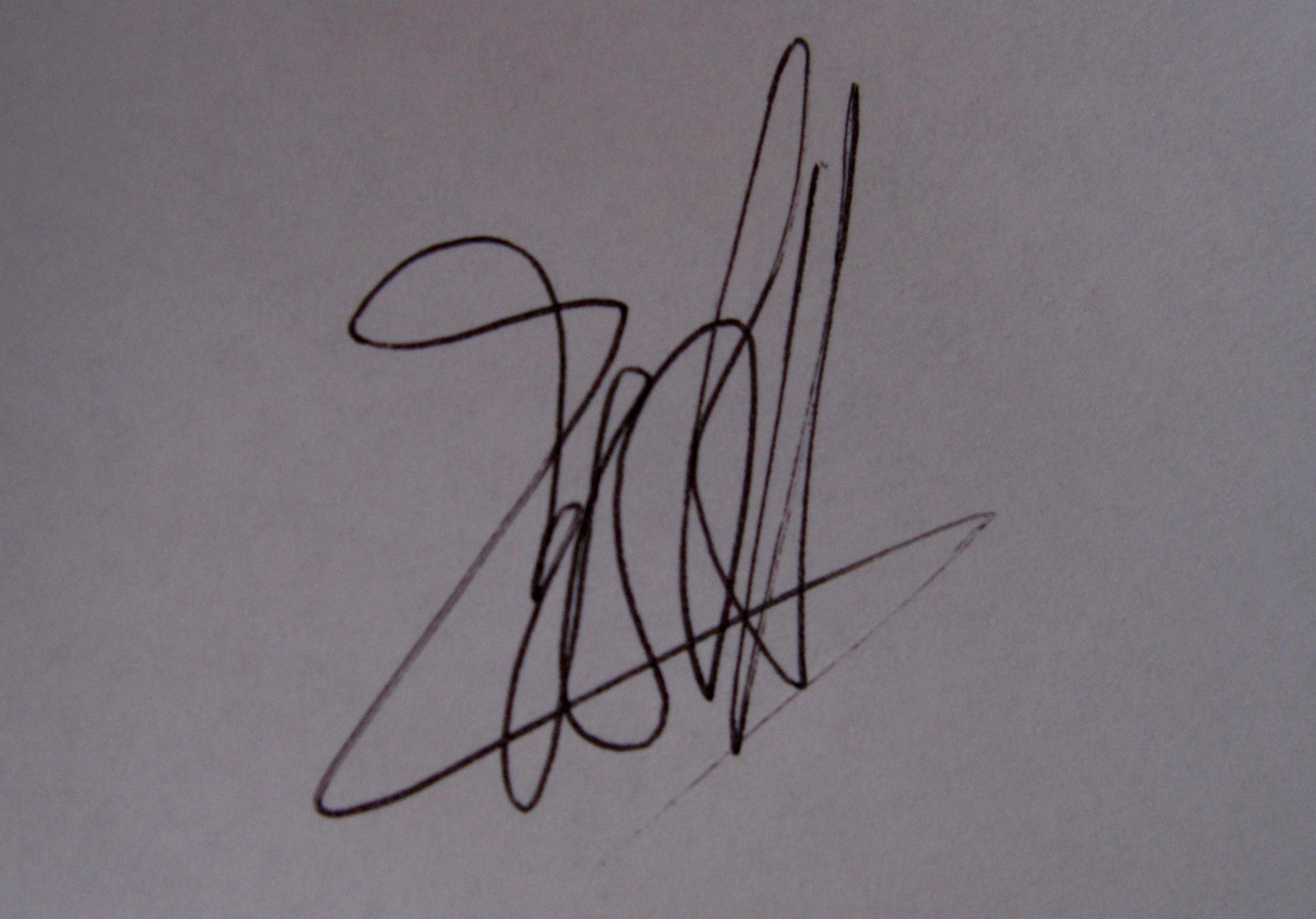 Anna Savina Signature