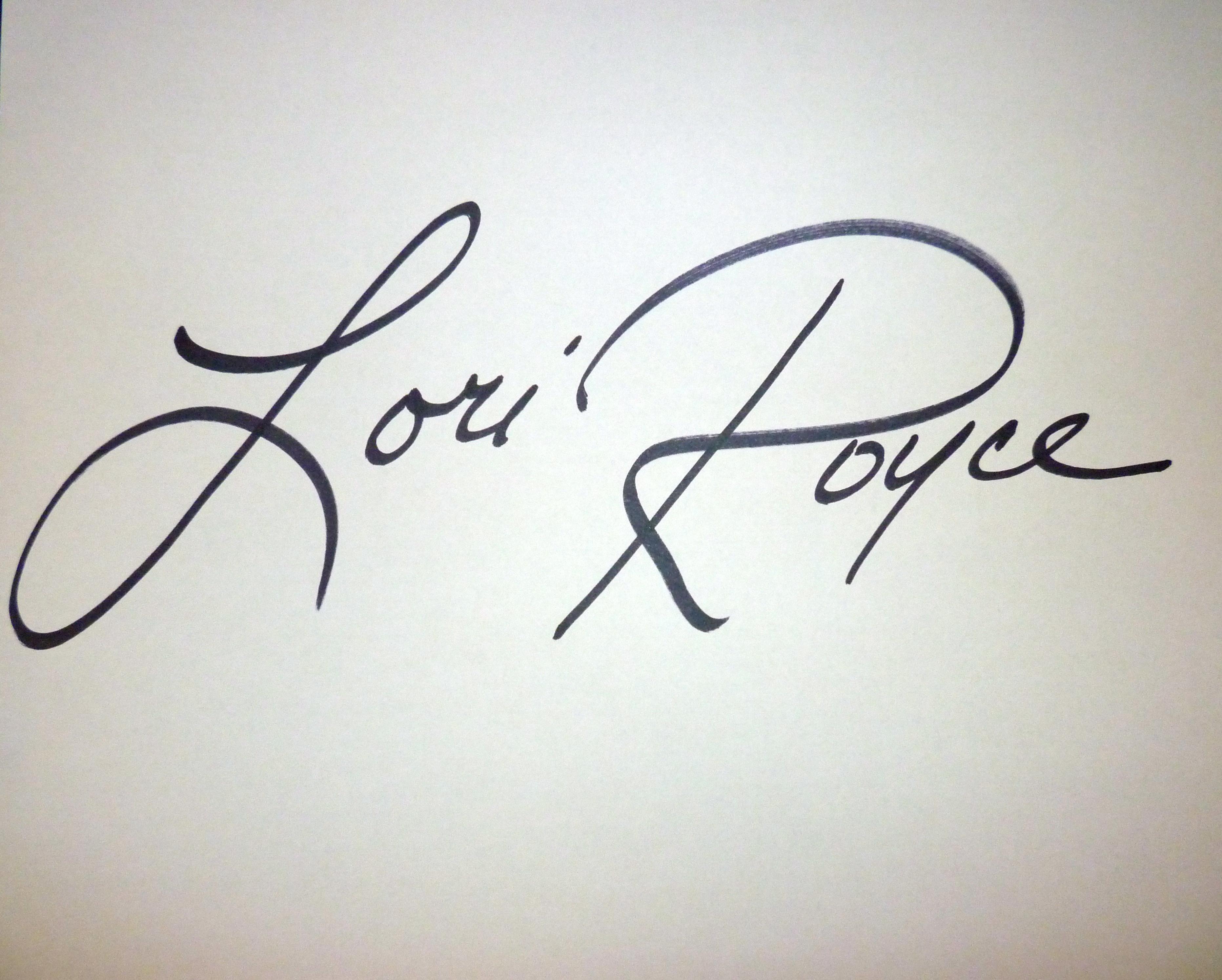 lori royce Signature