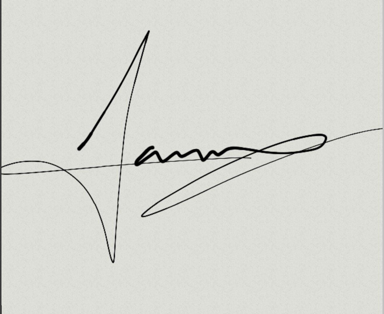 Luna Garcia Signature