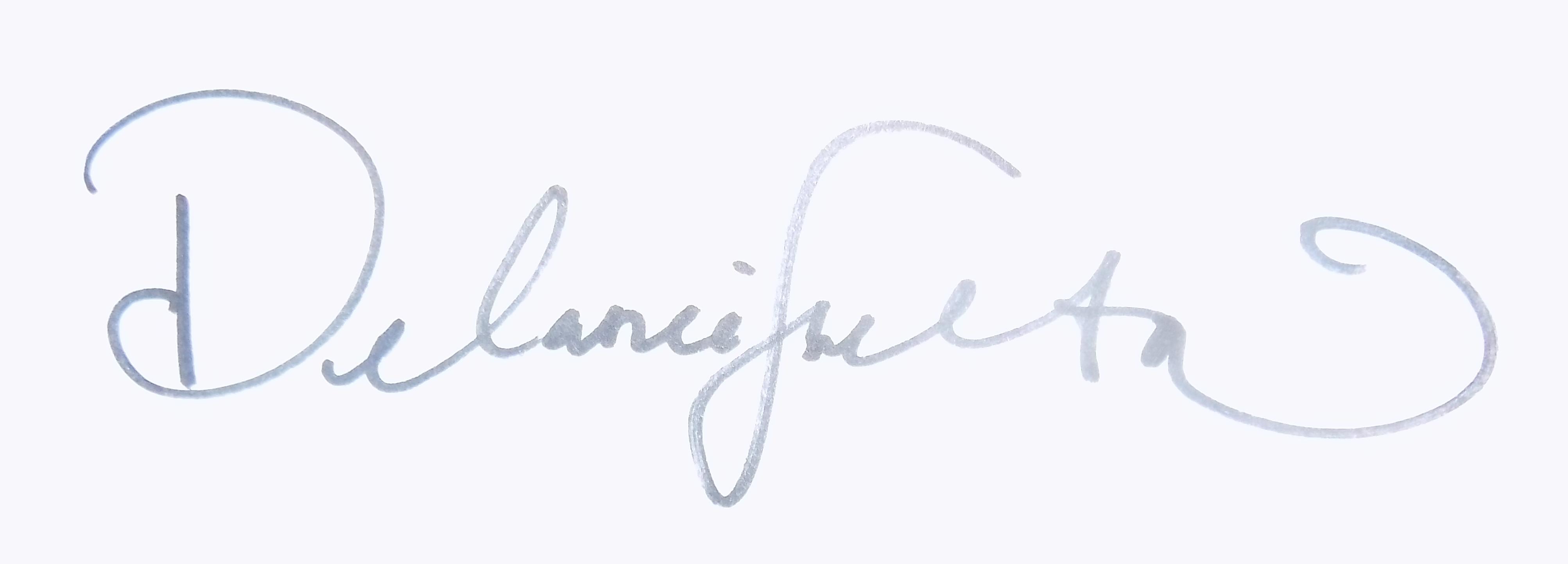 Delanie Shelton Signature