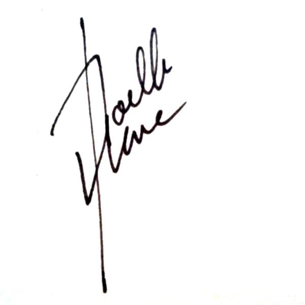 Noelle Llave Signature