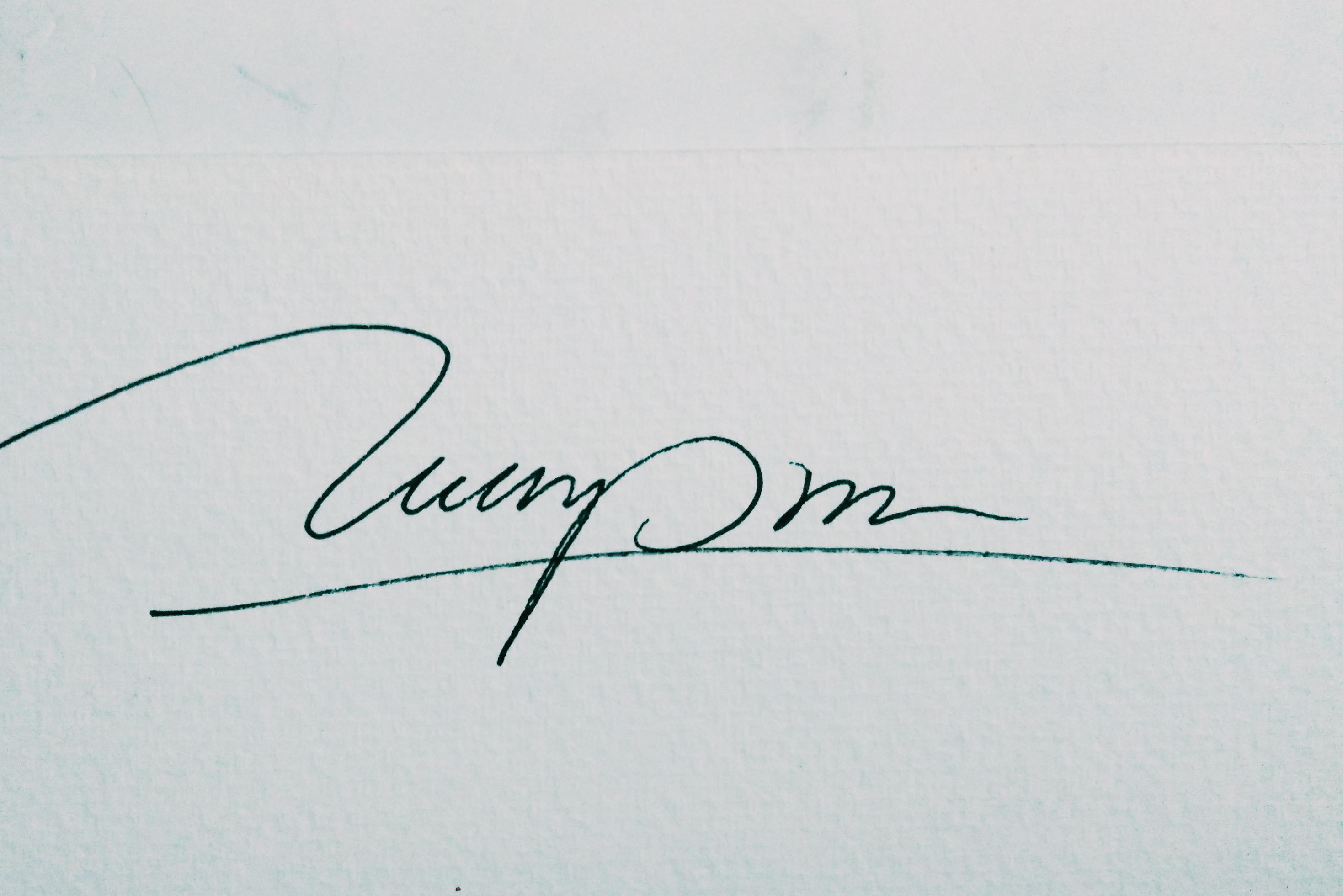 Tuan Pham Signature