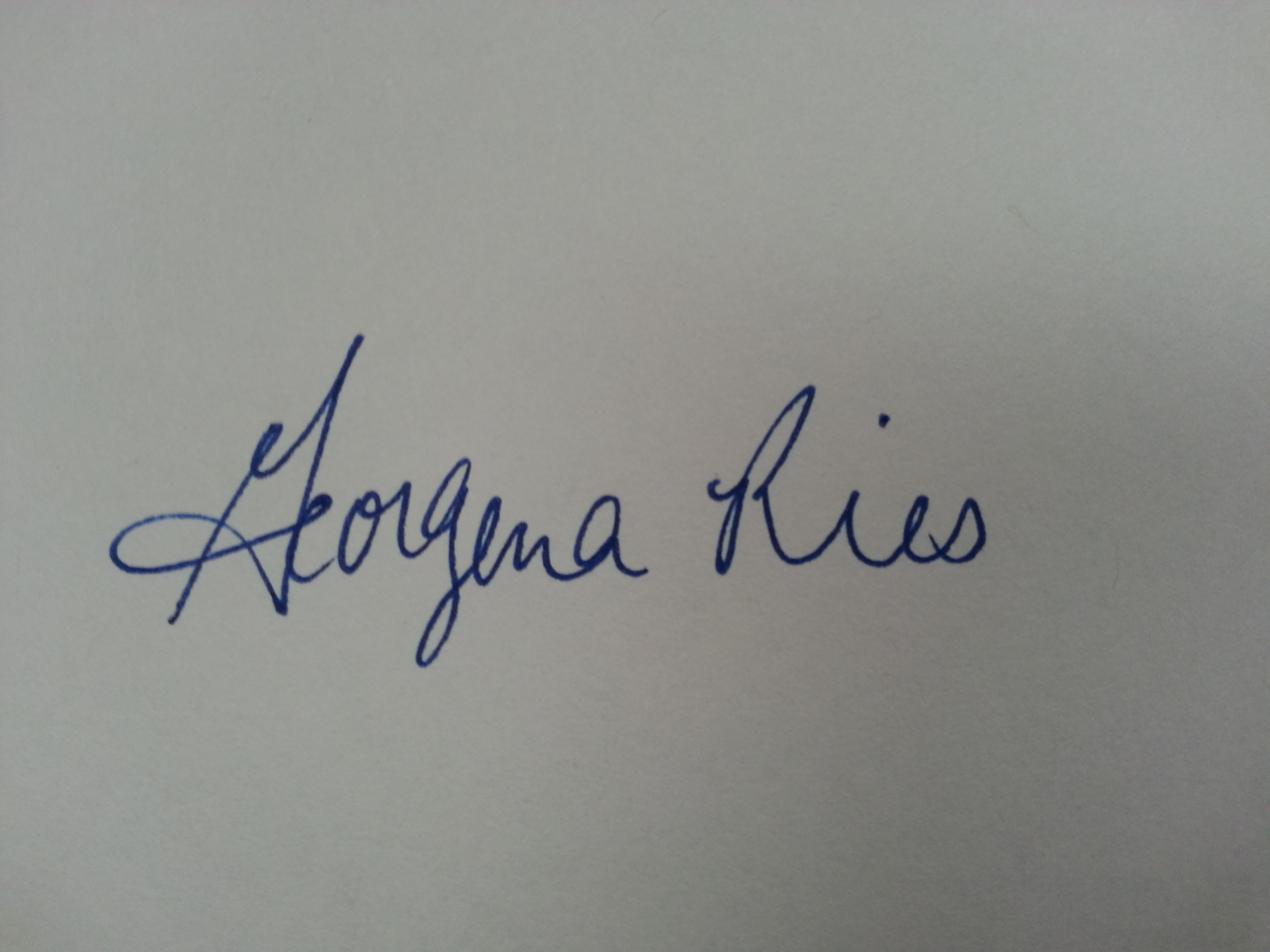 Gena Ries Signature