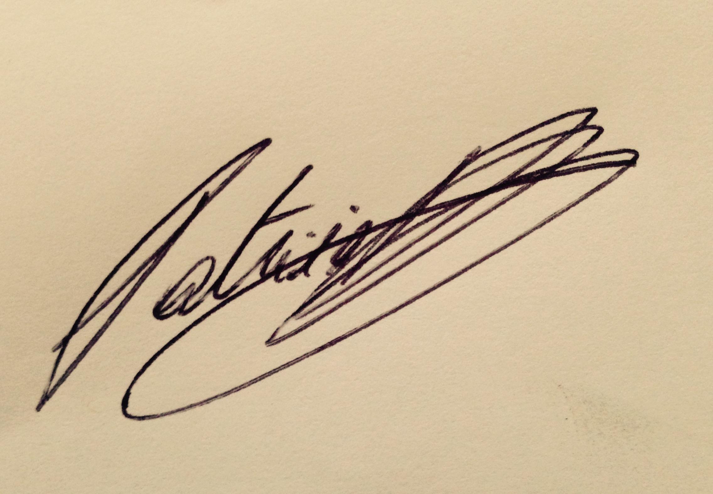Patricia Hoyos de Schryver Signature